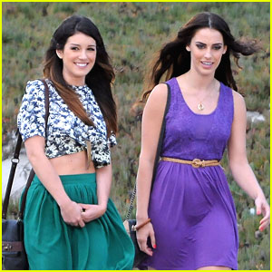 Shenae Grimes & Jessica Lowndes: '90210' on the Beach