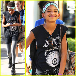Willow Smith: Phone Spa Beauty