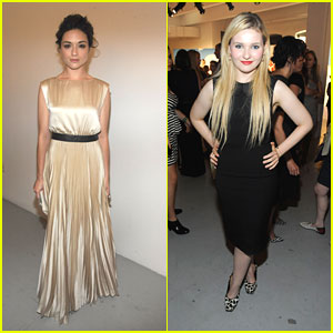 Abigail Breslin & Crystal Reed: alice + olivia at NYFW