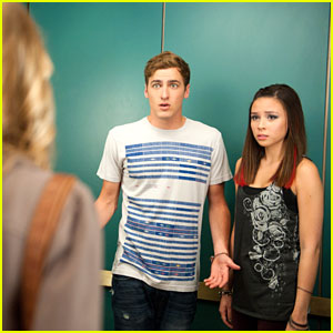 Who Will Kendall Schmidt Choose on Big Time Rush? Jo or Lucy?