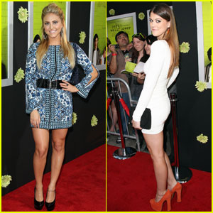 Cassie Scerbo & Lindsay Shaw: 'Perks' Premiere Pals