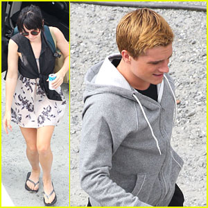 Jennifer Lawrence & Josh Hutcherson: 'Catching Fire' Set