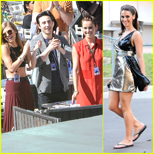 Jessica Lowndes Performs at Hollywood Bowl for '90210'