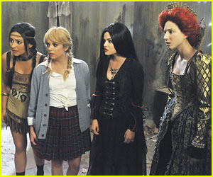 What Will The Pretty Little Liars Wear For Halloween This Year?