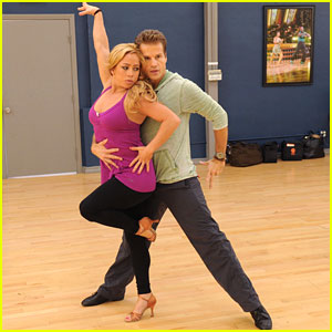 Sabrina Bryan &#038; Louis Van Amstel: The Van Bryans Rehearsal Pics &#038; Video!