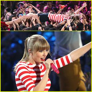 Taylor Swift: MTV VMAs Performance - WATCH NOW!