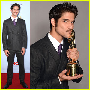 Tyler Posey Wins at ALMA Awards 2012