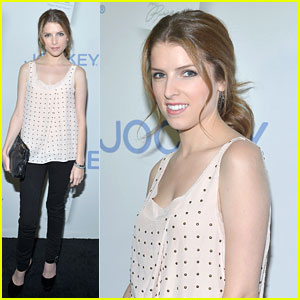 Anna Kendrick: Major Must Haves Launch with Rachel Zoe