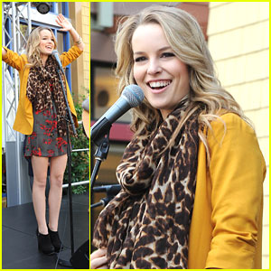 Bridgit Mendler: Downtown Disney Concert!