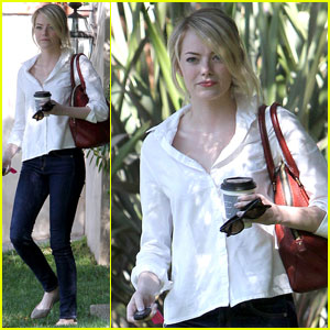 Emma Stone: Pacific Palisades Beauty