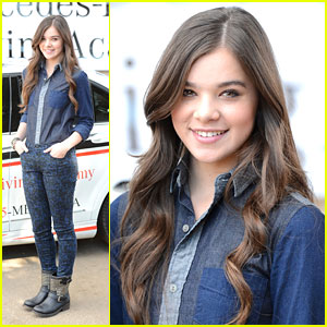 Hailee Steinfeld Kicks Off National Teen Driver Safety Week