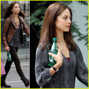 Kristin Kreuk: 'Beauty &#038; The Beast' Premieres Next Thursday!