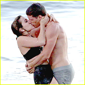 Mae Whitman: Ocean Kiss with Matt Lauria