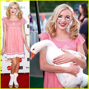 Peyton List: Baby Doll for Dream Halloween 2012