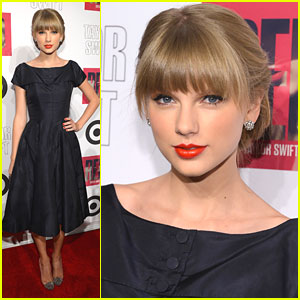Taylor Swift: 'Red' Listening Party at Target
