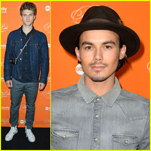 Tyler Blackburn &#038; Keegan Allen: PLL Halloween Screening Hunks