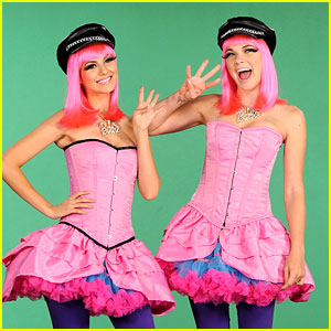Victoria Justice: Nicki Minaj Halloween Costume on MTV's 10 on Top!