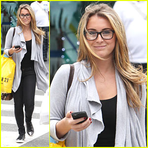 Alexa Vega: Forever 21 Shopper