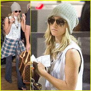 Ashley Tisdale: Thanksgiving Trip!