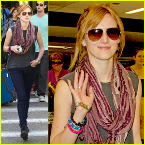 Bella Thorne Makes LAX Landing
