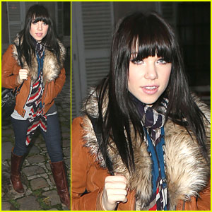 Carly Rae Jepsen: Wee-Hours Walk in Paris