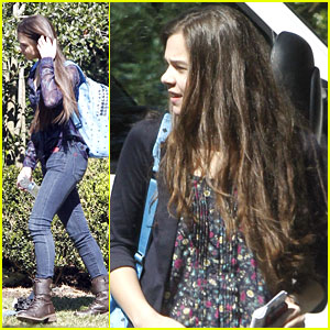 Hailee Steinfeld Finds 'Hateship, Friendship' in New Orleans