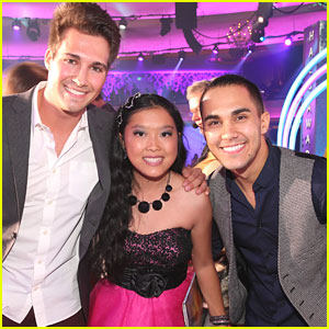 James Maslow & Carlos Pena - TeenNick Halo Awards 2012