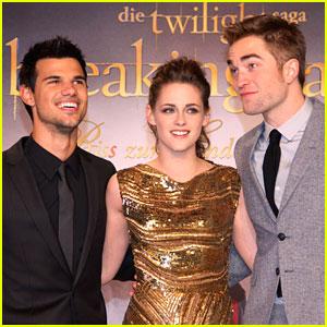 Kristen Stewart & Taylor Lautner: 'Breaking Dawn' Premiere in Berlin