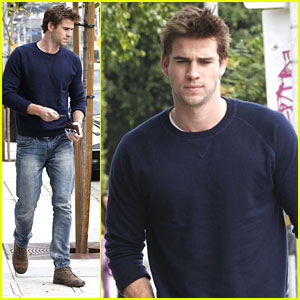 Liam Hemsworth: People's Choice Award Nominee!