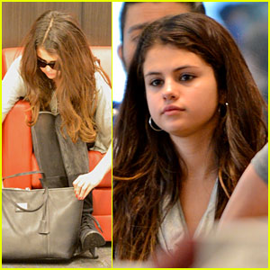 Selena Gomez: First Post-Split Pictures!