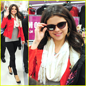 Selena Gomez: KMart 'Dream Out Loud' Promo Stop