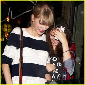 Foto: Putus Dari Justin, Selena Tertawa Senang Bersama Taylor Swift! [ www.BlogApaAja.com ]