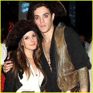 Shenae Grimes: Pirate with Josh Beech!