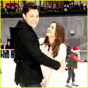Alexandra Chando & Blair Redford: Skating In A Winter Wonderland