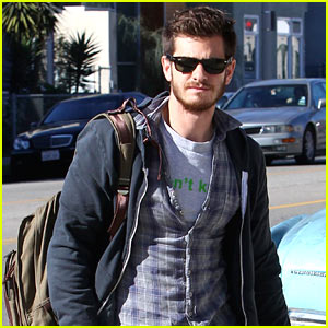 Andrew Garfield: Sunny Saturday in Venice Beach!