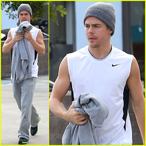 Derek Hough: California Pizza Kitchen Lunch!