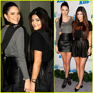Kendall & Kylie Jenner: Jingle Ball 2012