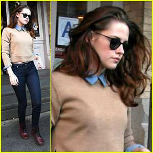 Kristen Stewart: Lunch At Sarabeth's