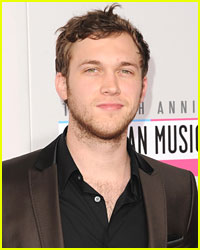 Phillip Phillips Debuts New Song 'Gone, Gone, Gone'
