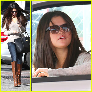Selena Gomez: Jack In The Box Run