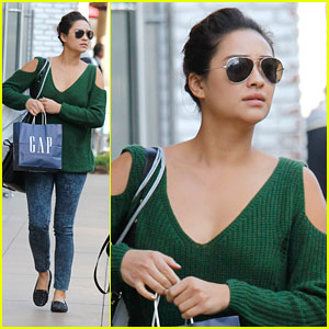 Shay Mitchell: Gap Girl