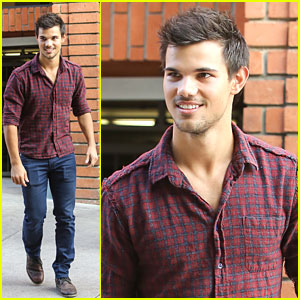 Taylor Lautner Hated His 'Twilight' Wig