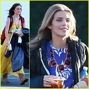Jessica Stroup &#038; AnnaLynne McCord: '90210' Set Snacks
