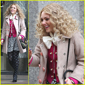AnnaSophia Robb: Polka Dot Tights!