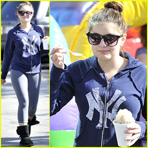 Ariel Winter: Farmer's Market Fun