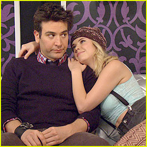 Ashley Benson: 'How I Met Your Mother' First Look!