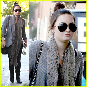 Demi Lovato: Studio Stop