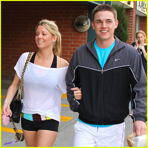 Jesse McCartney: Holding Hands with Mystery Girl