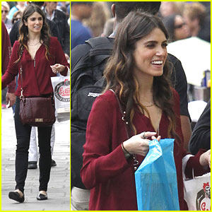 Nikki Reed: French Market Shopping in New Orleans