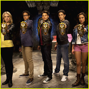 Meet the New 'Power Rangers MegaForce' Cast!